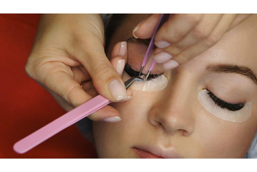 Is eyelash extension safe