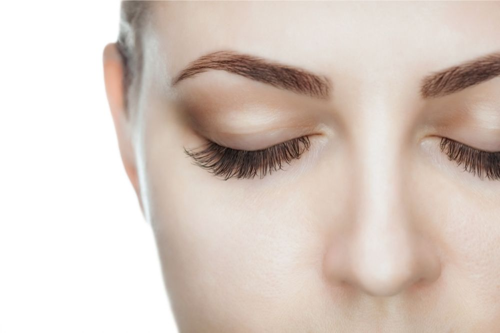 Is Humidity Bad For Eyelash Extensions?